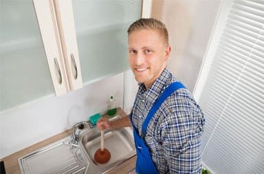 Otpušavanje sudopere vakum gumom